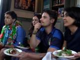 Italiaan kijkt de EK-wedstrijd in 'De Leukste Huiskamer'