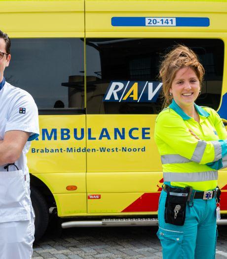 Jantina (31) werkt op spoedhulp én ambulance: 'Roeien met de riemen die je hebt'