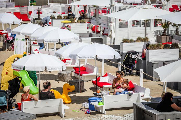 Veel mensen kiezen voor een dagje of weekendje aan zee, onder meer hier in Blankenberge.