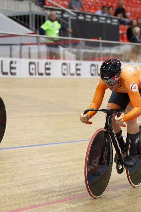 Hetty van de Wouw reed twee jaar lang niet op de baan, maar nu is ze direct Europees kampioene: 'Ik zat diep in de put'