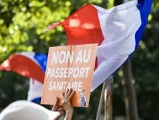 En France, le port du masque ne sera plus obligatoire dans les lieux où le pass sanitaire est exigé