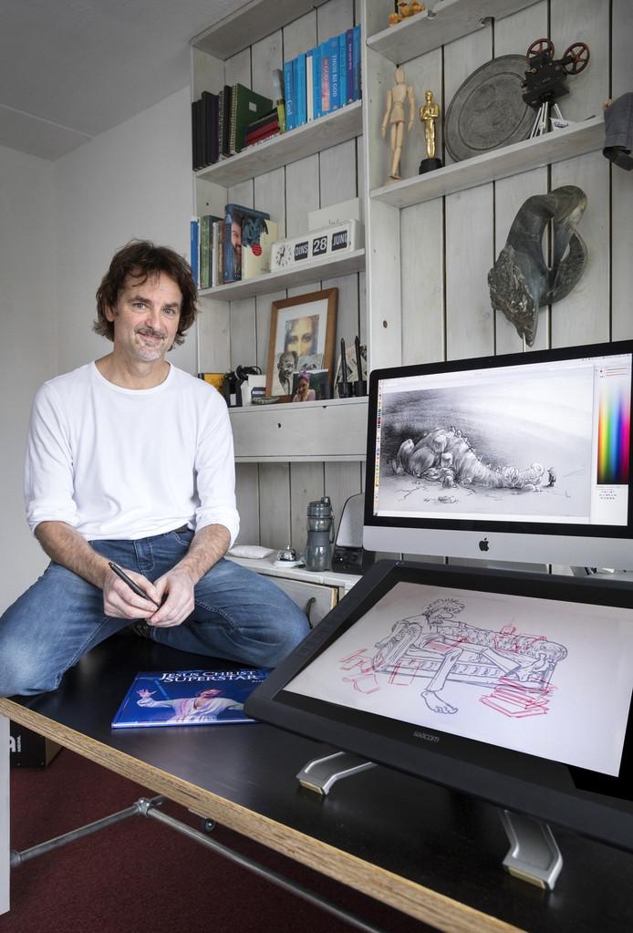 Maarten Melis werkt als zelfstandige vanuit zijn paradijsje thuis.