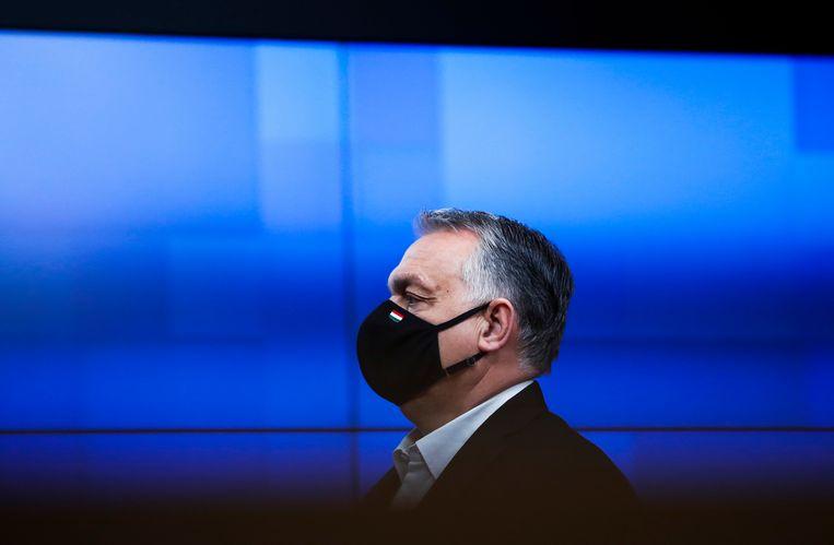 Een ruime meerderheid schaarde zich achter het wetsvoorstel van premier Orbán. De Fidesz-partij van de premier heeft een tweederde meerderheid in de volksvertegenwoordiging. Beeld EPA