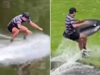 Bruggen? Overbodig! Adrien steekt staand op zijn skimboard in vier seconden waterloop over