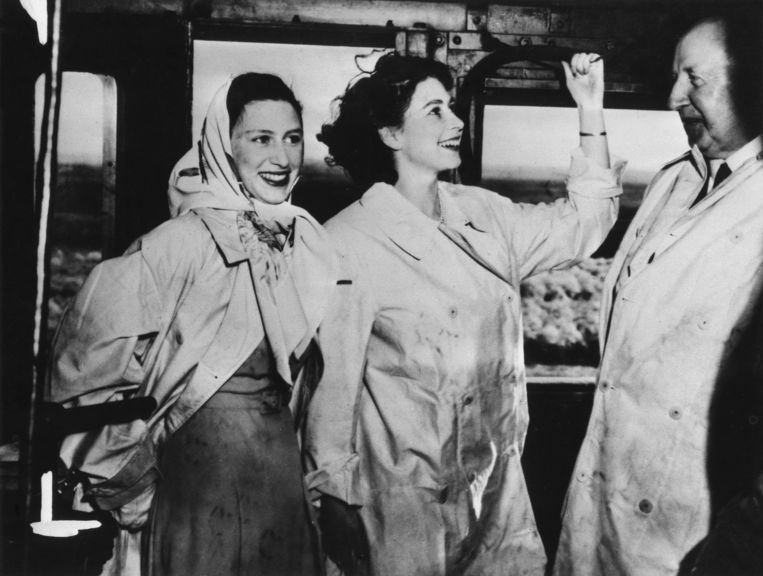 Elizabeth en Margaret, 1947. Beeld Getty Images