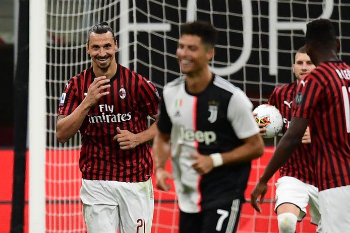 Hier kan Cristiano Ronaldo de humor van de 1-2 van Zlatan Ibrahimovic nog wel inzien.
