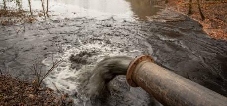 Bedrijven vervuilen en de overheid (dus u ook) betaalt: knellende wetgeving, slappe knieën en slimmere bedrijven