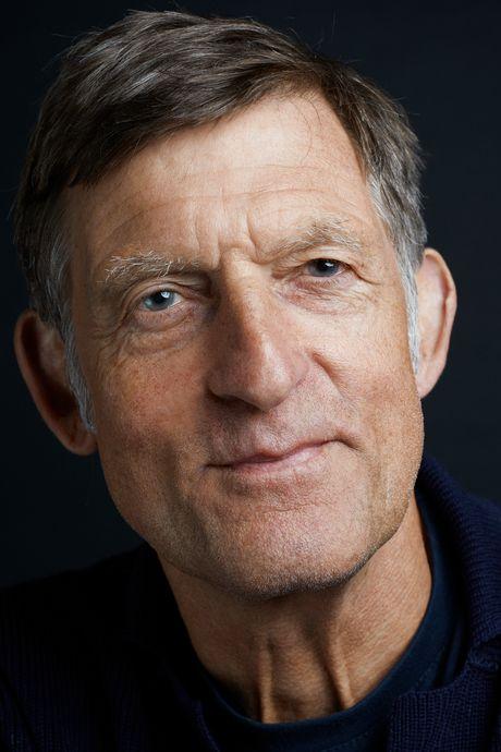 Huub van der Lubbe tourt 40 jaar met De Dijk: 'Op elkaars verjaardagen komen we niet'