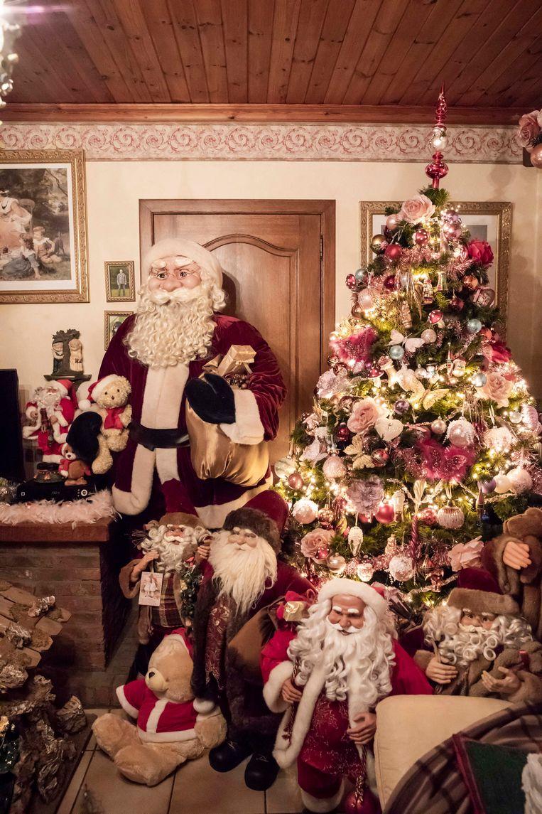De kerstman is alom tegenwoordig