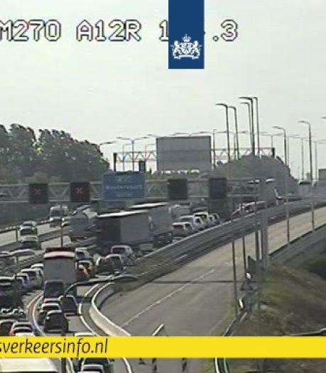 Files bij Arnhem voorbij na ongeval op A12 richting Duitsland