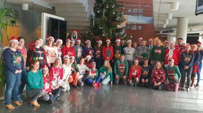 Kersttrui-dag op het gemeentehuis