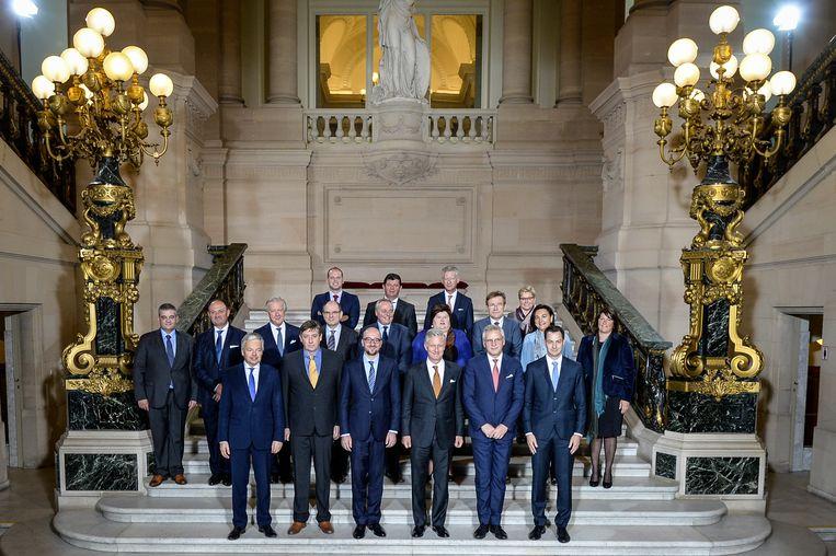 De regering van premier Charles Michiel na de eedaflegging op 11 oktober 2014. Beeld BELGA