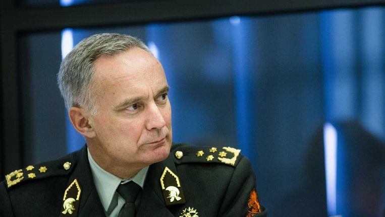 Commandant der Strijdkrachten Tom Middendorp tijdens een toelichting aan de Kamer over de repatrieringsmissie MH17. Beeld anp