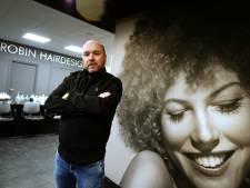 Hengelose kapper Robin Liefers heeft het zwaar: 'Dit houd ik geen maand meer vol'