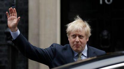 """Boris Johnson vraagt de Queen om regering te mogen vormen: """"Jullie stem is gehoord, de brexit komt er"""""""