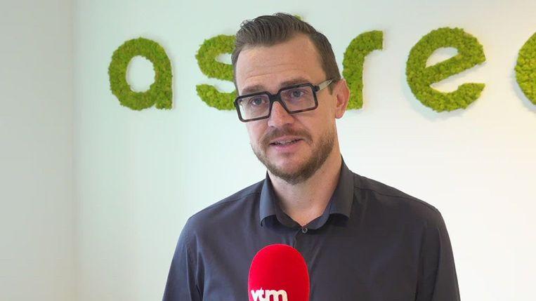 Nick Nuyens voor de micro van VTM.