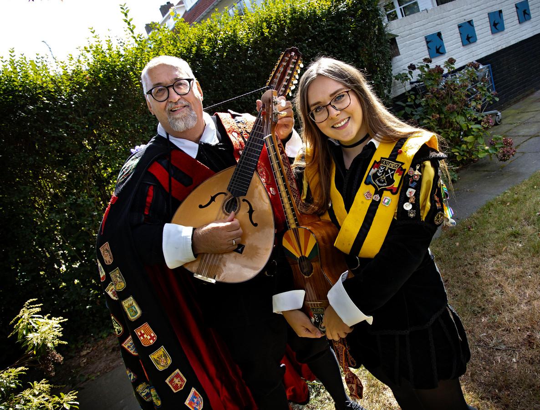 Ben van der Weijst en zijn dochter Marie Louise zijn echte Tuna's.