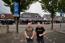 Jelle vriens en Angelo Keijsers voor hun café Fixx aan de Blasiusstraat waar om 22.00 uur een vechtpartij ontstond, na sluitingstijd van het café.