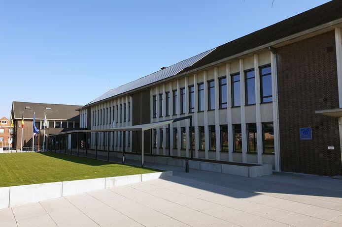 Het gemeentehuis van Balen.