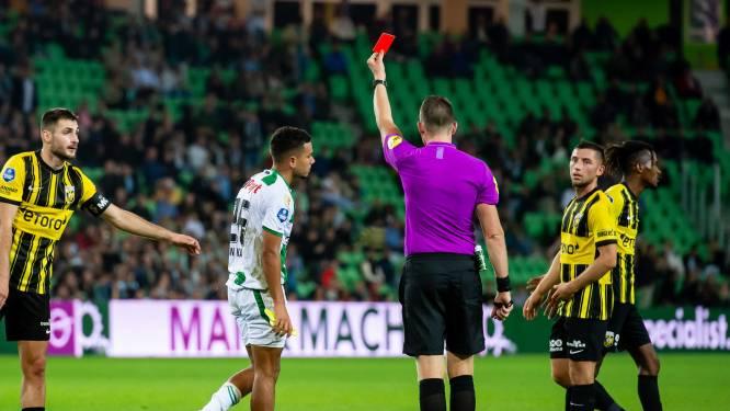 Staking, rode kaarten en veldbestormers: Vitesse te sterk voor negen man FC Groningen