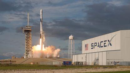 Amerikaans ruimtevaartbedrijf SpaceX mag 12.000 satellieten in de ruimte brengen