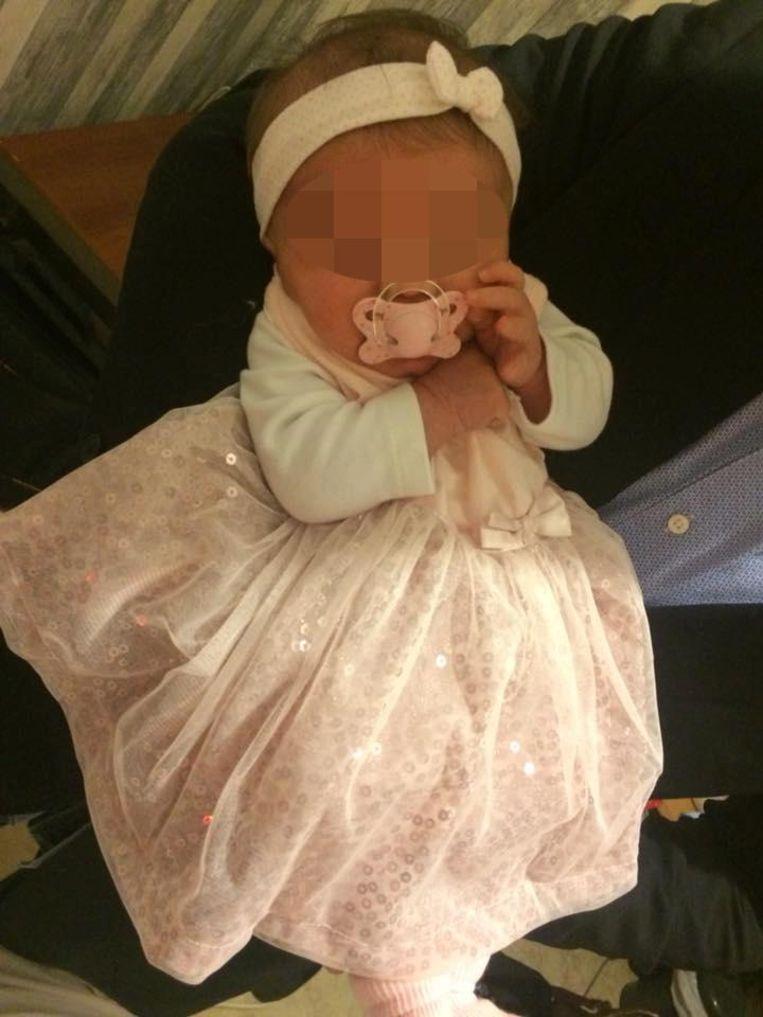 De baby overleed twee dagen na haar opname in het ziekenhuis.
