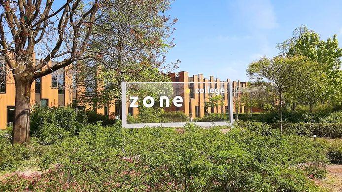 Het Zone.College uit Twello is een van de scholen die in moet krimpen doordat er minder geld binnenkomt bij het samenwerkingsverband SWV2505.