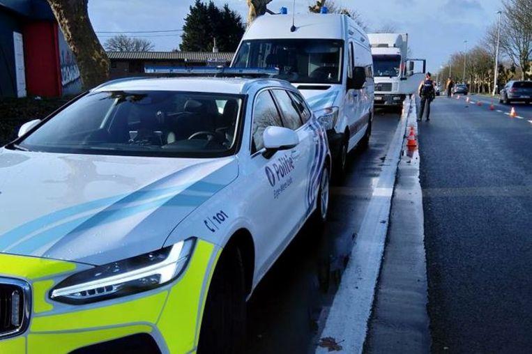 De politie controleerde onder meer ter hoogte van jeugdhuis Dido langs de Oudenaardseteenweg in Erpe.