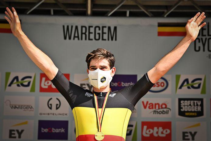 Schittert Wout van Aert binnenkort in de Belgische driekleur?
