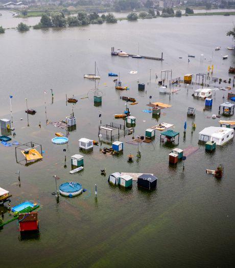 Limburg-Noord zet zich schrap: 'Hoeveelheid water is ongekend, situatie is echt kritiek'