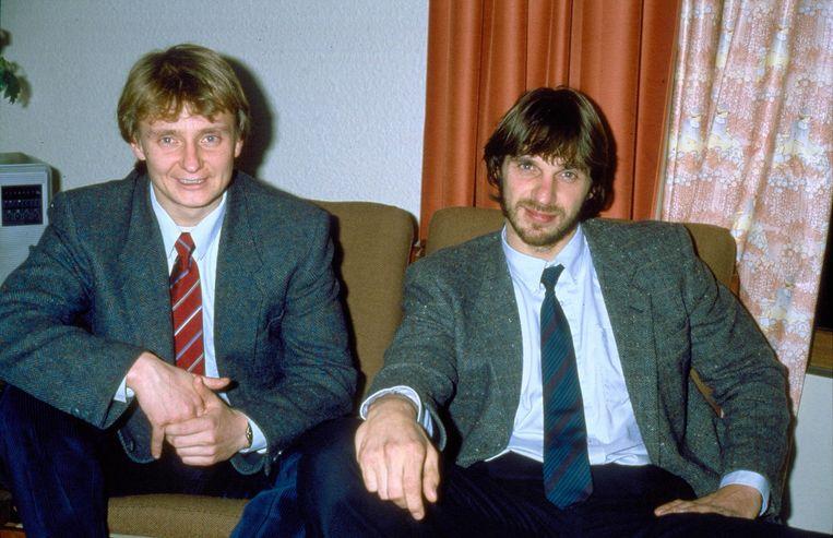 Heinekenontvoerders Cor van Hout en rechts Willem Holleeder, in een hotel in het Franse Beauvais. Beeld ANP