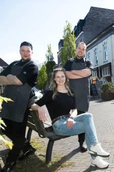 Jonge ondernemers nemen restaurant Smouzen over: 'Ik denk dat we op precies het juiste moment zijn gestart'