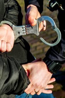 Jongen (16) roept op tot rellen in Emmeloord, politie grijpt in