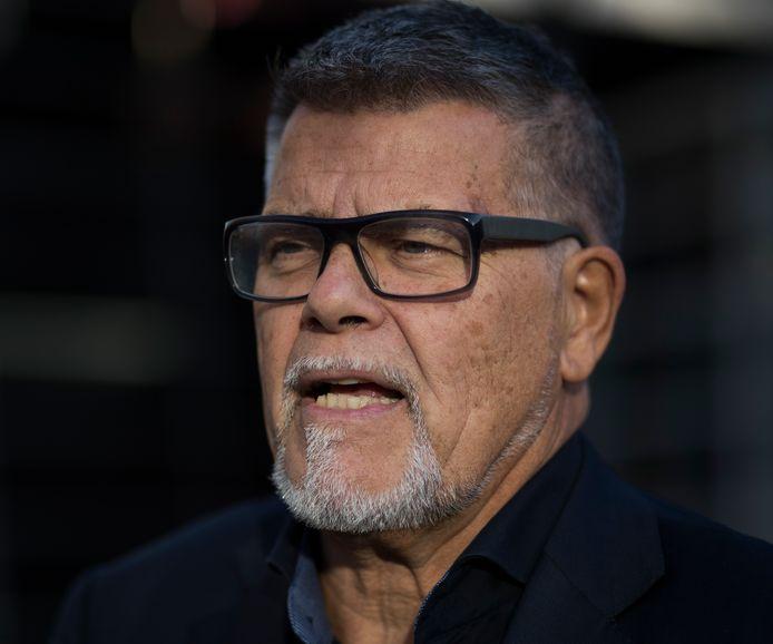 Emile Ratelband is en blijft 69 jaar en niet 49, oordeelt de rechtbank.