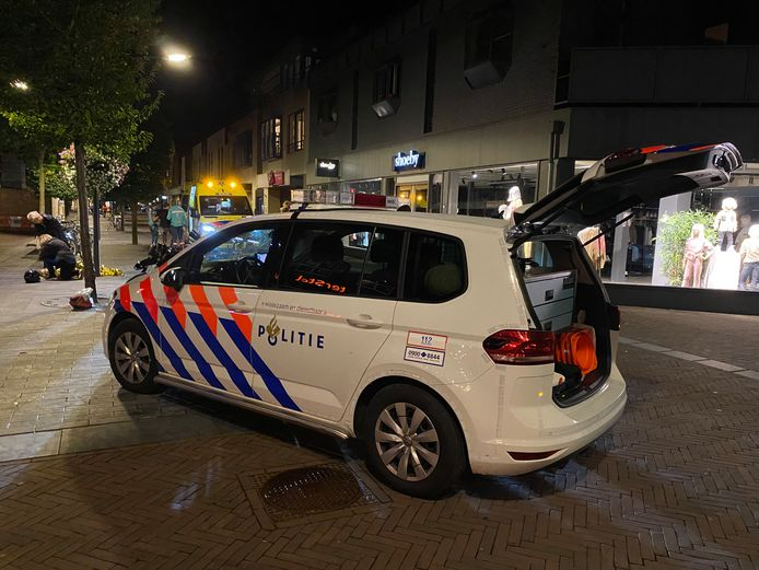 Een driedubbele brommerbekeuring in Ermelo liep maandagavond behoorlijk uit de hand.