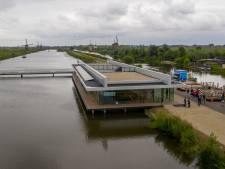De monsterklus in Kinderdijk is klaar: het nieuwe bezoekerscentrum gaat open