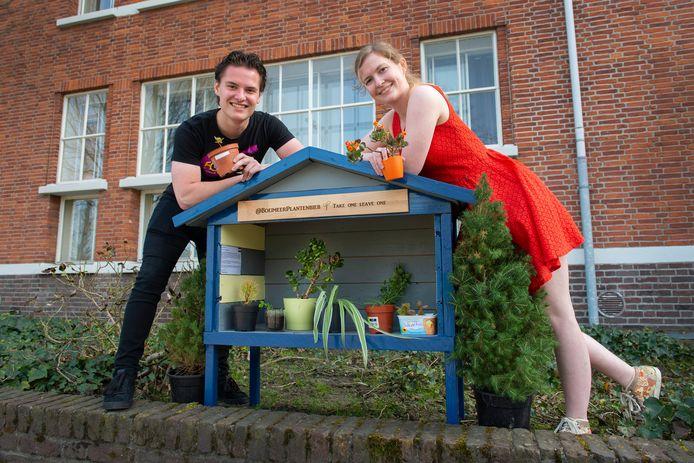 De Boeimeerplantenbieb van  Lucienne Spoelstra en Vianny Mous aan Boeimeersingel 9 in Breda.