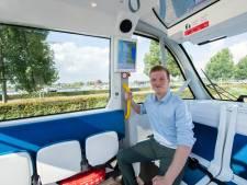Het eerste zelfrijdende busje rijdt nu rond in Drimmelen, hoe gaat dat?