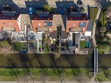 Driekwart tuinen versteend; Kampen wil tegels wippen