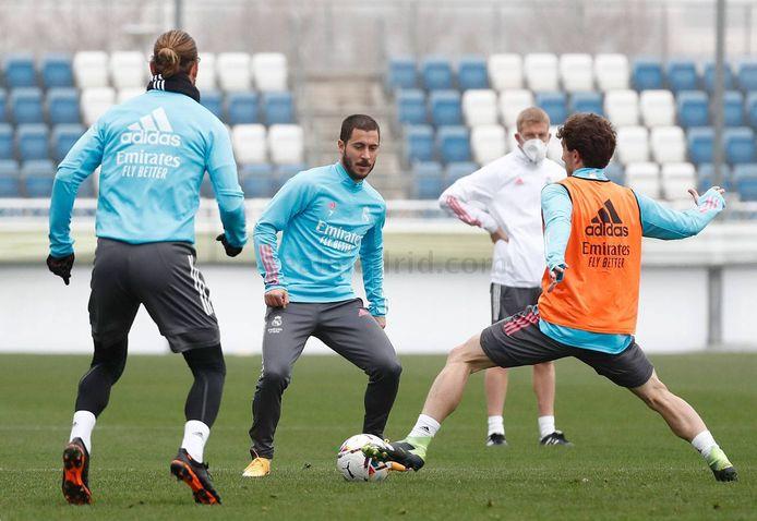 Eden Hazard op training.