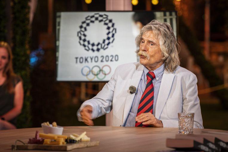 Sportcommentator Johan Derksen. Vanaf een locatie op de Veluwe wordt het televisieprogramma 'De Oranjezomer' opgenomen. Beeld ANP