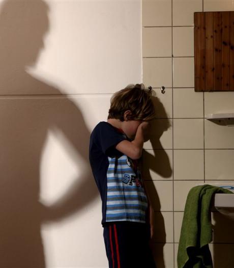 Kinderen mogen meepraten over  geweld bij hen thuis