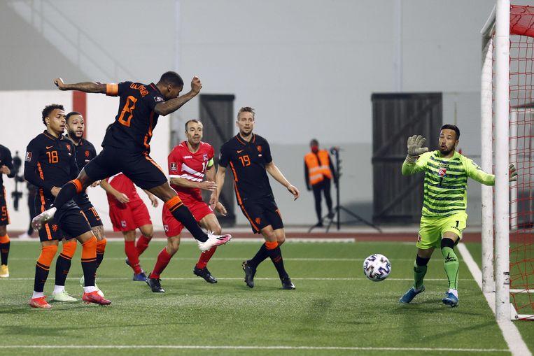 Georginio Wijnaldum scoort de 0-4. Beeld ANP