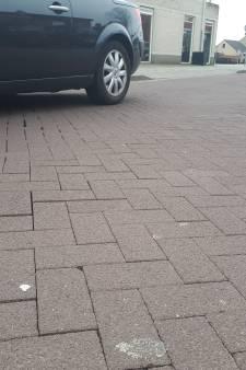 Bewoners in de Berghemse Kerkstraat worden nu toch verlost van 'rammelklinkers'