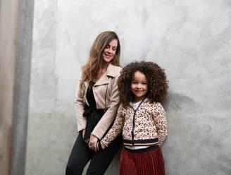 """Susan (35) over het racisme waarmee haar dochter Loïs (6) te maken krijgt: """"Ze kwam huilend thuis nadat vriendjes haar 'vuil' of 'zwarte piet' hadden genoemd"""""""