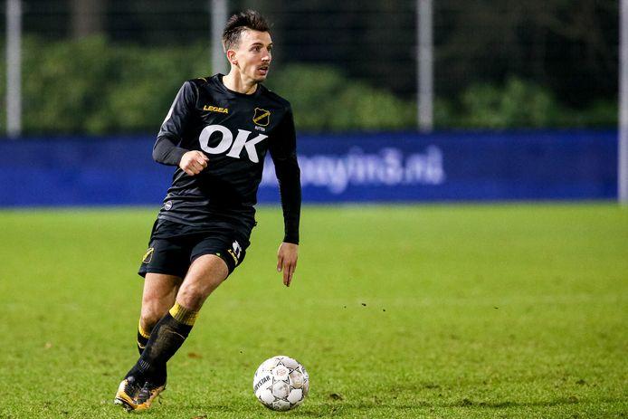 NAC-speler Moreno Rutten maandagavond tegen Jong PSV.