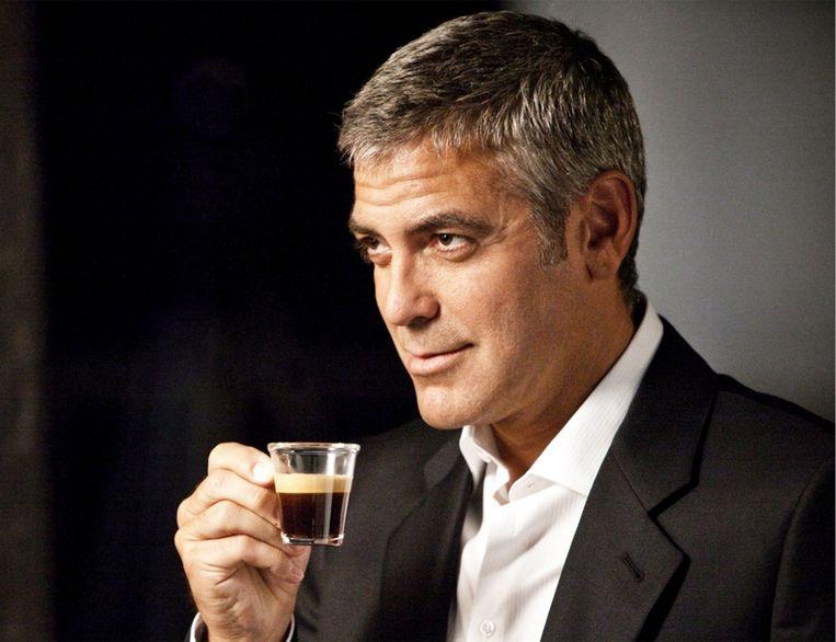Het doelpubliek van Nespresso, de ecologisch bewuste en aan lifestyle verslingerde middenklasser, is dol op George Clooney. Beeld