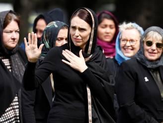 Nationale oproep tot gebed, 2 minuten stilte en hoofddoeken uit solidariteit: Nieuw-Zeeland herdenkt de slachtoffers van de aanslagen in Christchurch