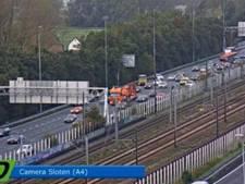 File op A4 bij Sloten door ongeluk met 5 auto's
