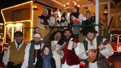 Materse Oldtimer Vrienden brengen met lichtjesparade ode aan Adriaen Brouwer